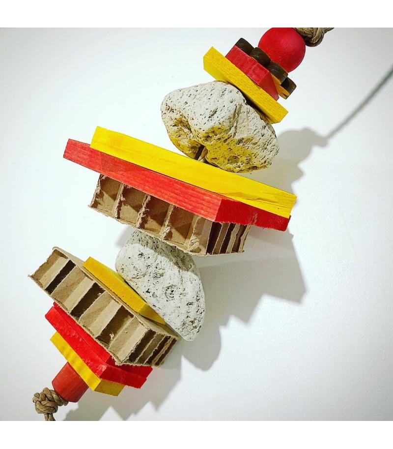 Gioco con Pietra Lavica, legni e cartone